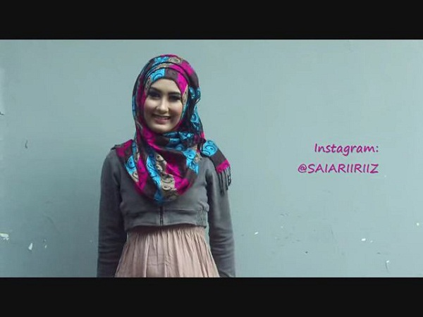 Tutorial Hijab Pashmina Kashmir Cantik Imut stylish By Rizezh Gilbert