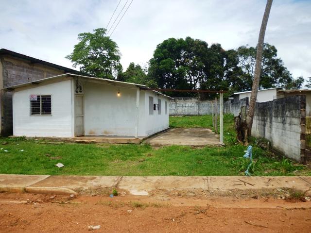 Venta de casas apartamentos terrenos fincas santa elena de uairen venta casa rural - Terenes casa rural ...