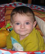 Erik con 6 meses