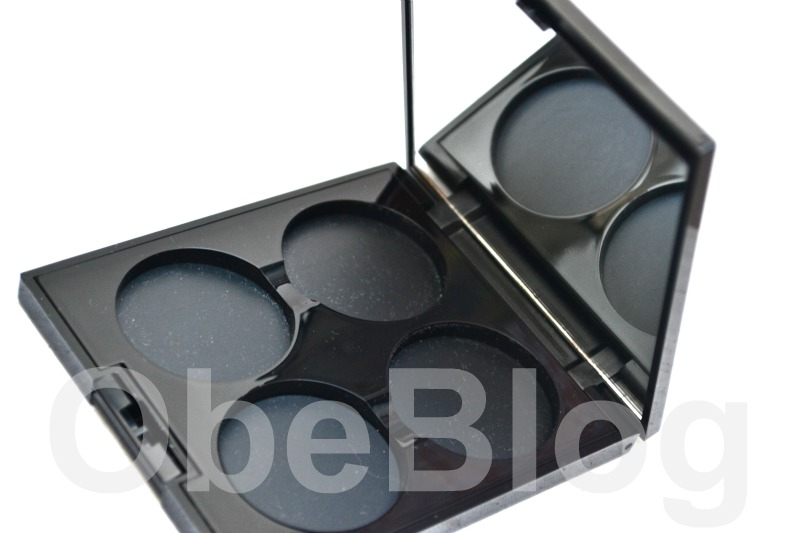 Make_Up_For_Ever_92_Eye_Shadow_Swatch_Quad_vacío_ObeBlog