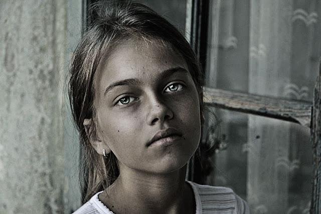 9 Langkah Mudah Membuat Efek Emotional Untuk Foto Potrait