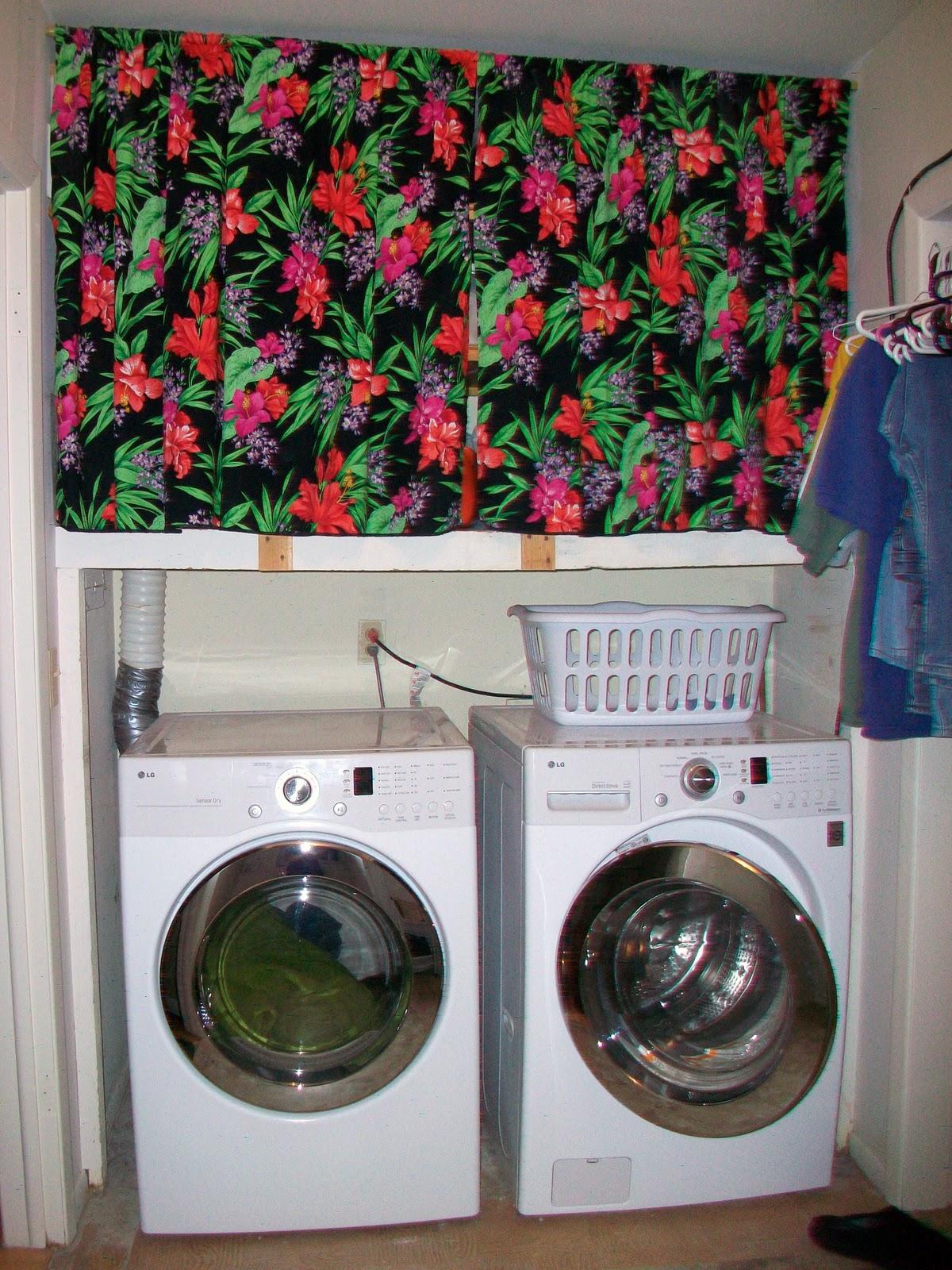 FlyAwayHome Laundry room overhaul