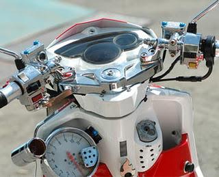 Itulah beberapa gambar mengenai Modifikasi motor Mio J , mungkin bisa  title=