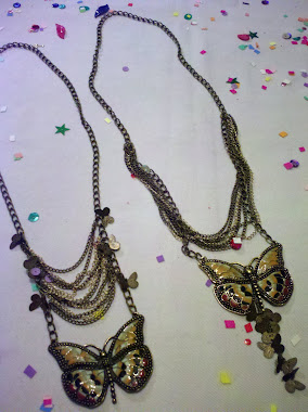 Collar con Mariposa...re tiernos.