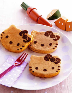 Hello Kitty cookies dessert