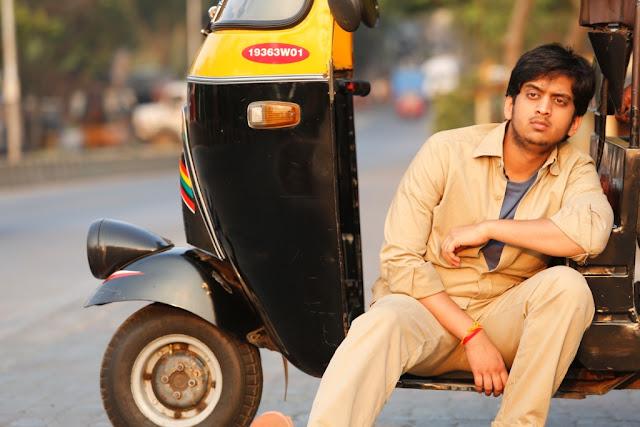 Amey Wagh as rikshawala in Shutter