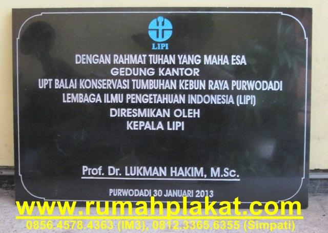 prasasti batu hitam surabaya, pusat bikin prasasti malang, jual prasasti murah, 0812.3365.6355, www.rumahplakat.com
