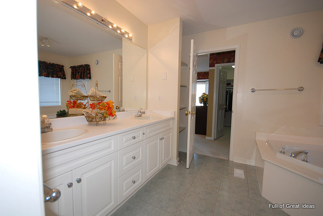 Beautiful How To Upgrade Your Builder Grade Mirror   Frame It!