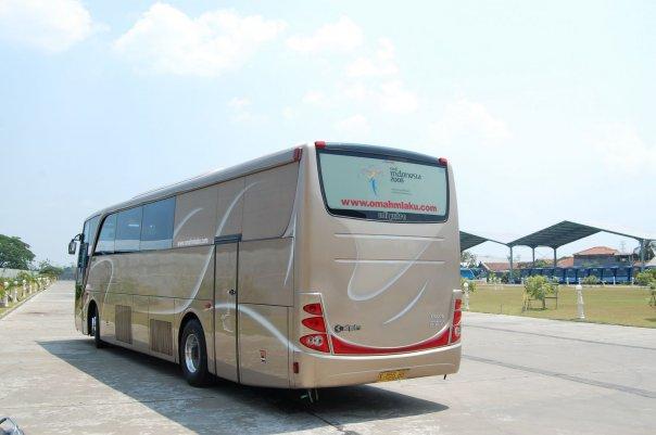 Volvo B12M Autobody Type Setra by Adi Putro | PO Nusantara - Omahmlaku