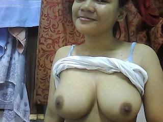 Malay women   HOT  Awek U tetek besar cun terlampau melayu bogel.com