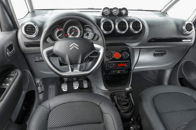 Citroën C3 Aircross 2015 - interior
