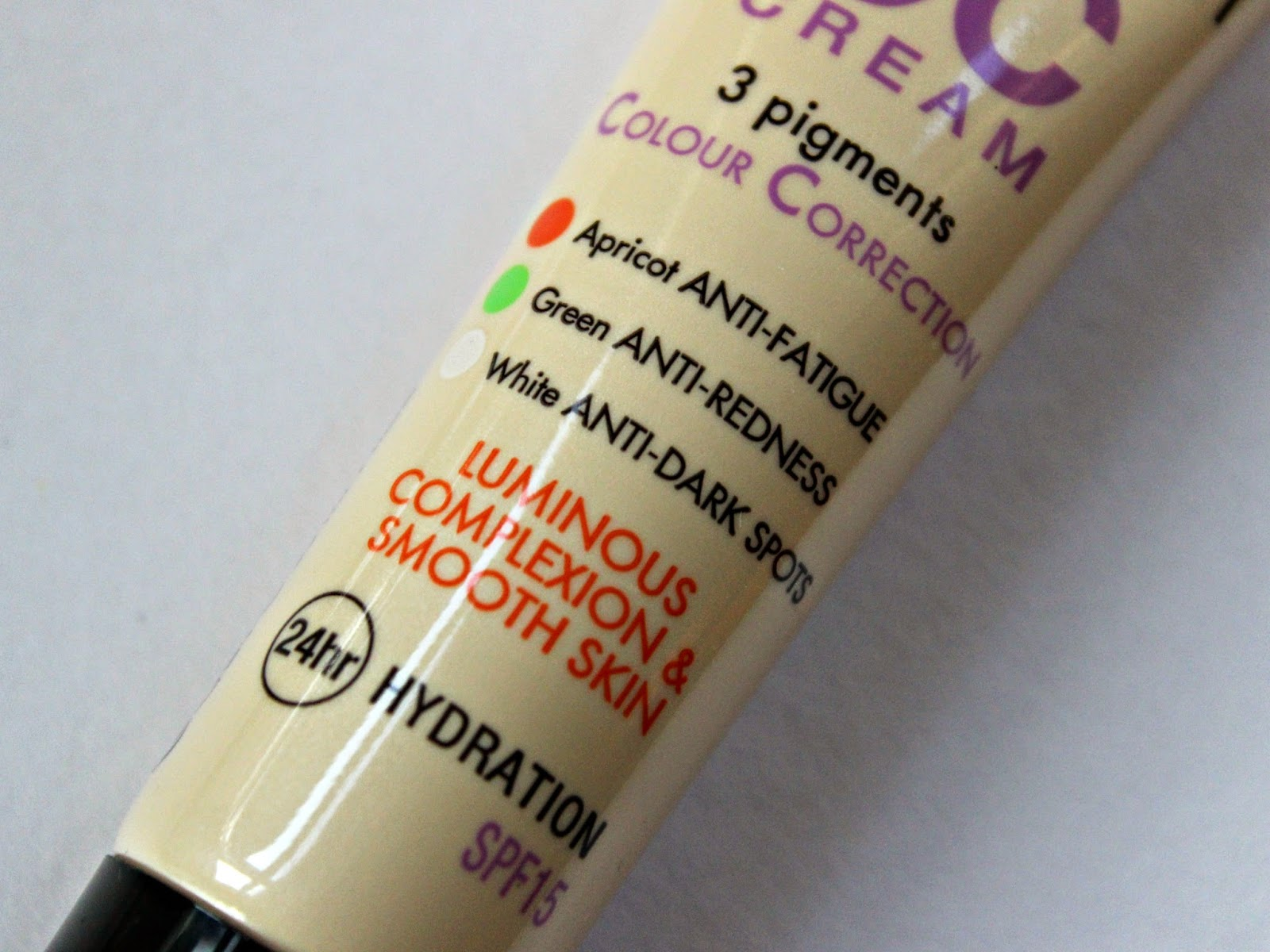 A picture of the Bourjois 123 Perfect CC Cream in Bronze