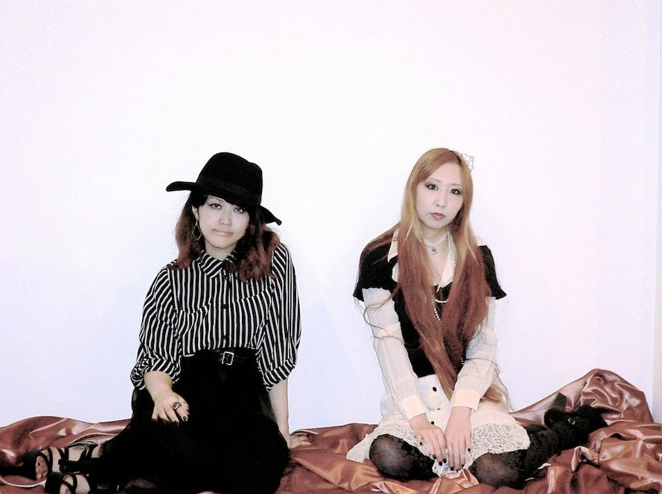 Band Feature: Girls Rock Duo Rovin