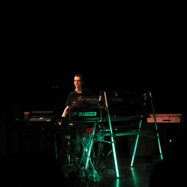 Synthex live @ E-Live 2014 / photo S. Mazars