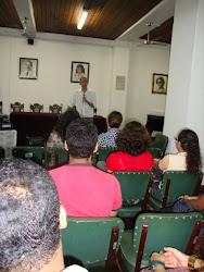 """Conferência  de  encerramento """"Compromiddos  do  arte  educador e  do  artista""""  com  Heráclito"""