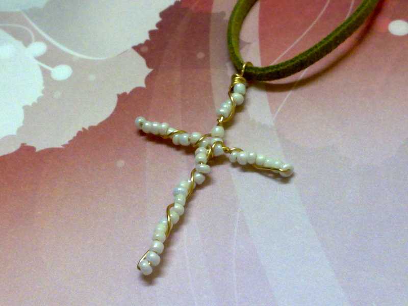... Secret Passions: Free Tutorial ~ Twisted Wire Beaded Cross Pendant