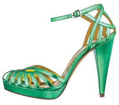 01 sandals Босоніжки: прикраса для жіночих ніжок