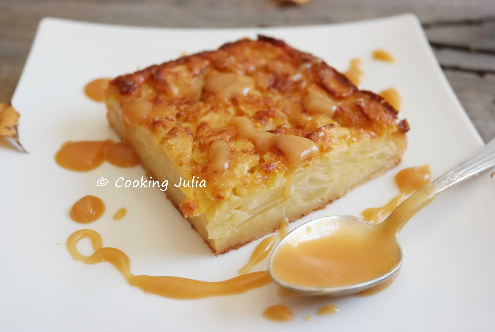 COOKING JULIA  GÂTEAU INVISIBLE POMMES VANILLE