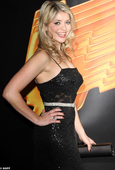 (image) Holly Willoughby is the spokesperson for the Ariel 3 Minute Shower ...
