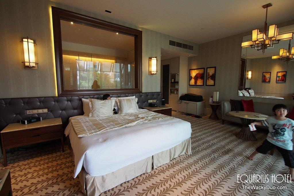 equarius hotel deluxe suites. Equarius Hotel Room Deluxe Suites