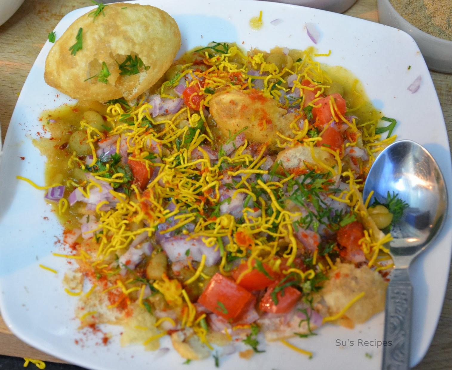 puri chaat, masala puri recipe, chaats, indian street food, masala ...
