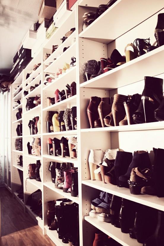 Khloe Kardashians Kloset Closet Of Mode Junkie