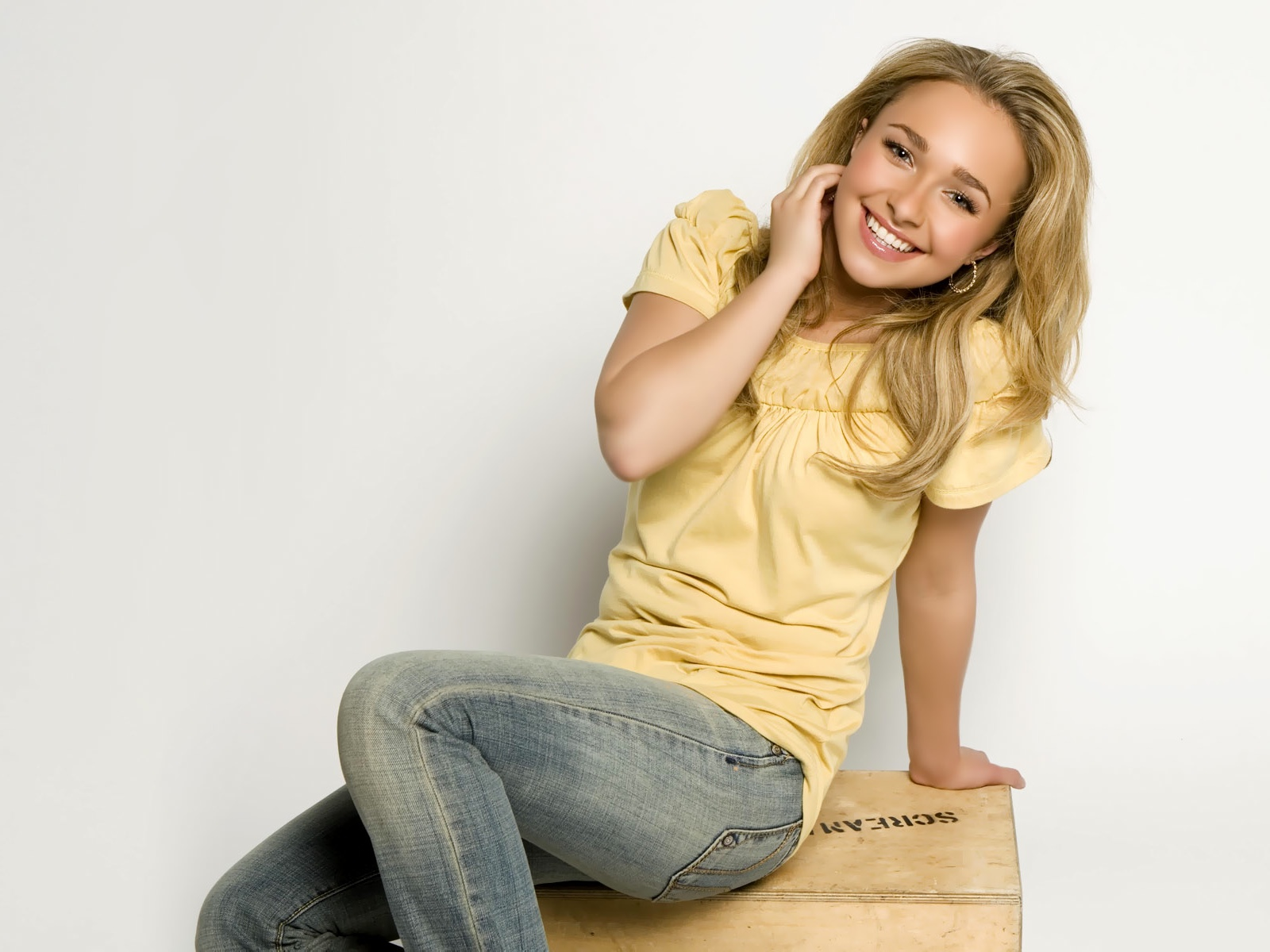 Hayden_panettiere_hot_wallpaper+(1)jpeg