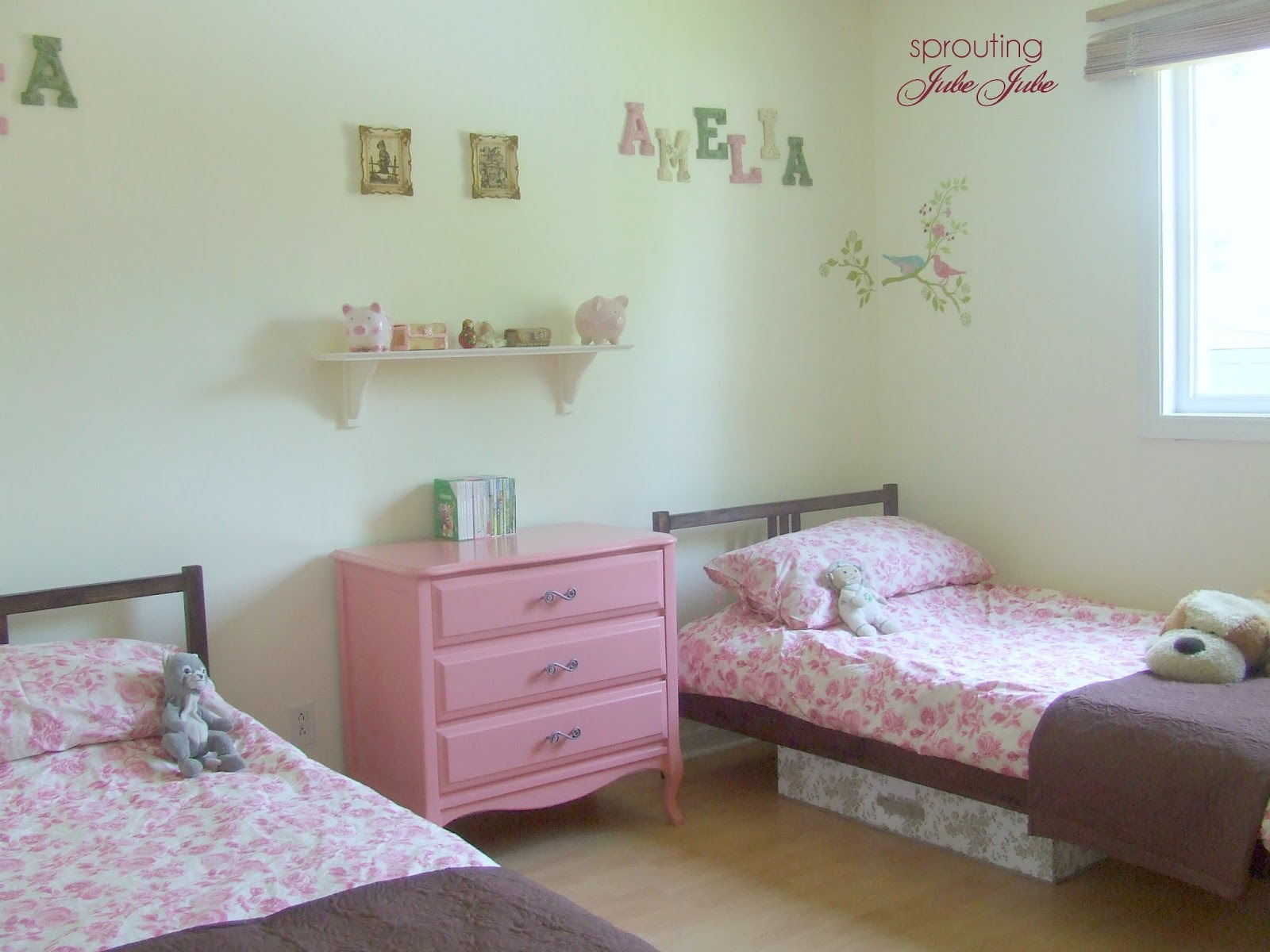 Sprouting Jubejube Bedroom Redo For Little Girls On A Budget