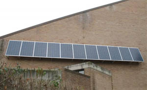 Energie rinnovabili installare i pannelli fotovoltaici su frangisole e tettoie - Finestre con pannelli solari ...