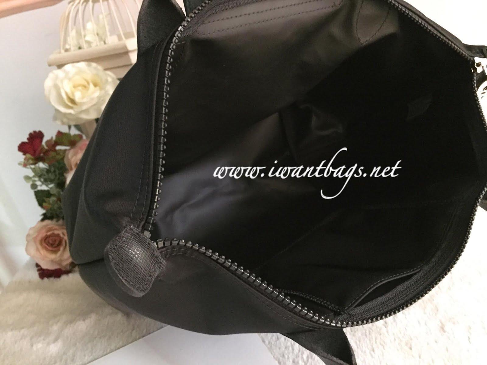 Longchamp Le Pliage Neo Long Handle Small Black