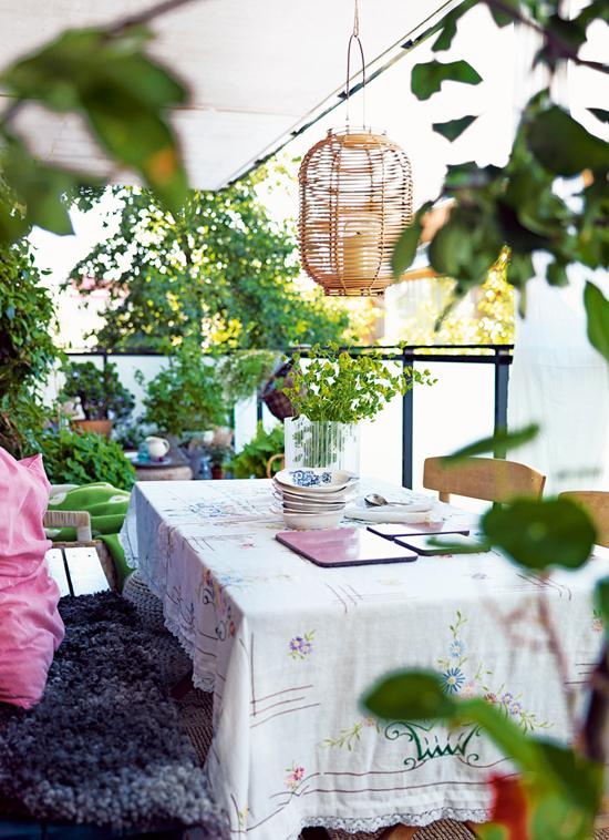 Cozy balcony by Katarina Malmström via Elle Interior