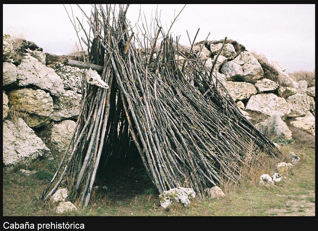 Resultado de imagen de chozas de madera en la prehistoria