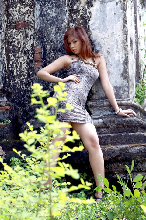 Myanmar Celebrity Sexy Model Nwe Nwe Tun-03