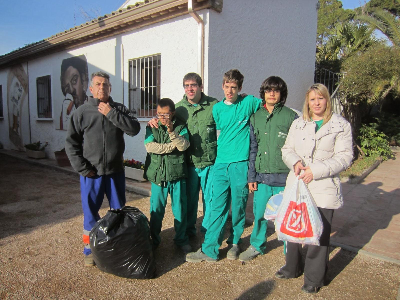 Escuela municipal de jardiner a el pinar mas tapones for Escuela de jardineria