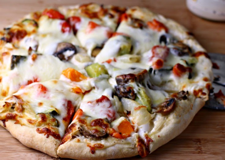 Roasted Vegetable Pizza | Renee's Kitchen Adventures - Roasted vegetables, Alfredo sauce and cheese make a healthy, meatless pizza.