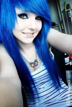 Cute Emo Girls with Blue Eyes