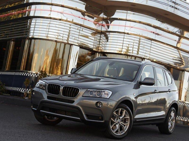 BMW Accessories: 2011 BMW X3 xDrive20d.