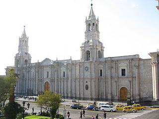 "Cruz de ""Lata"", Catedral de Arequipa"