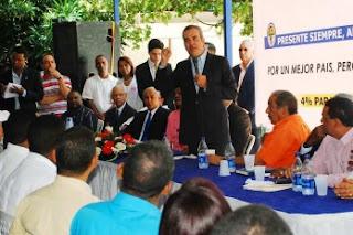 Abinader dice educación será fundamental en gobierno de Hipólito