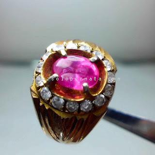 Batu Permata Pink Saphire