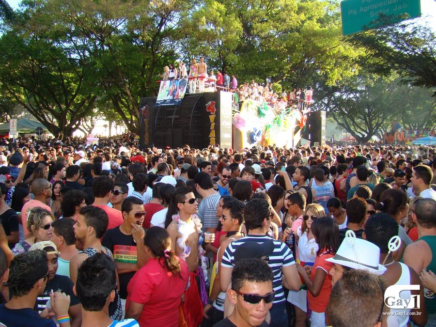 Tema da manifestação em 2011 foi 'Por uma lei que criminalize a homofobia' (Foto: Hernanny Queiroz / Arquivo / Gay1)