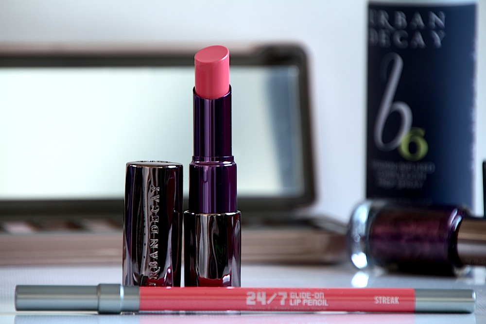 urban decay revolution lipstick nouveau rouge avis test swatch