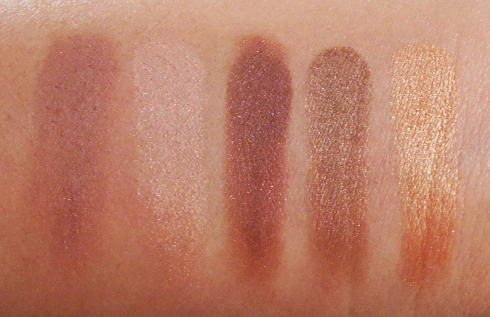 Wet n Wild Fall 2014 Limited Edition Eyeshadow Palette in Smoke and Melrose