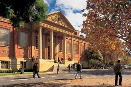 giới thiệu trường làm bằng đại học Flinders