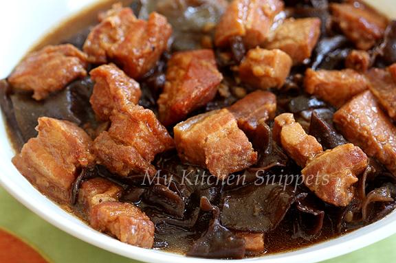 My kitchen snippets hakka braised pork with black fungus char yoke hakka braised pork with black fungus char yoke forumfinder Gallery