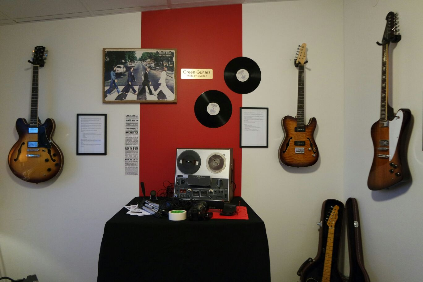 Green Guitar Showroom
