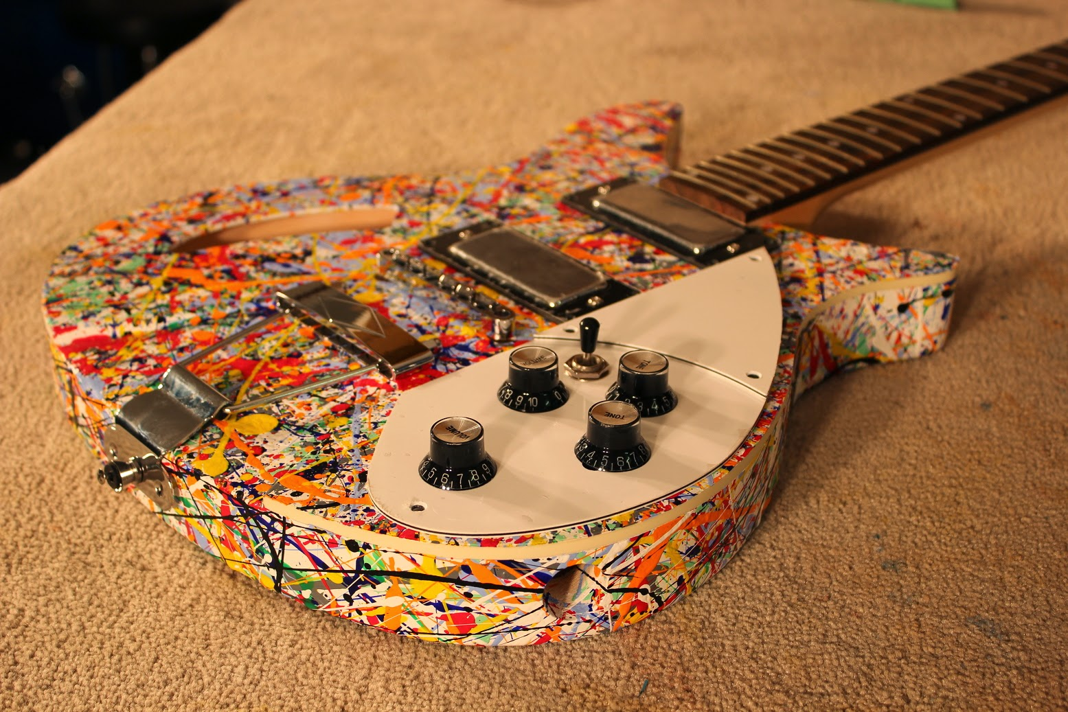 How to do a cool guitar paint job with spray cans