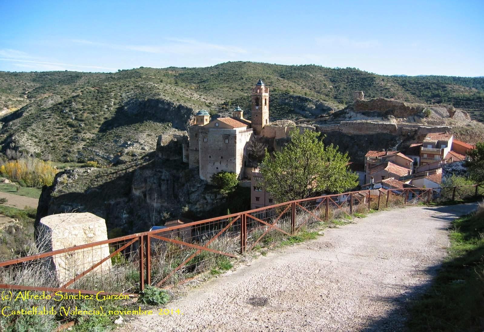astielfabib-iglesia-fortaleza-castillo
