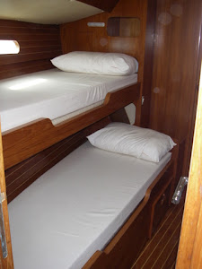 Forward Cabin Starboard