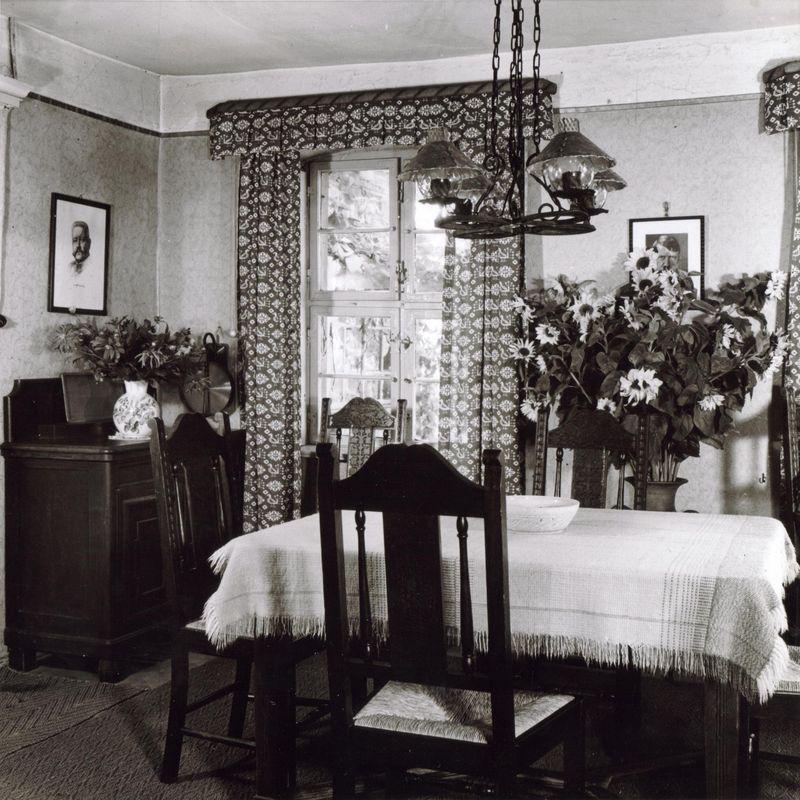 Esszimmer 30er Jahre U2013 Topby, Esszimmer